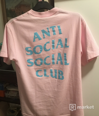 Anti Social Social Club Feel You