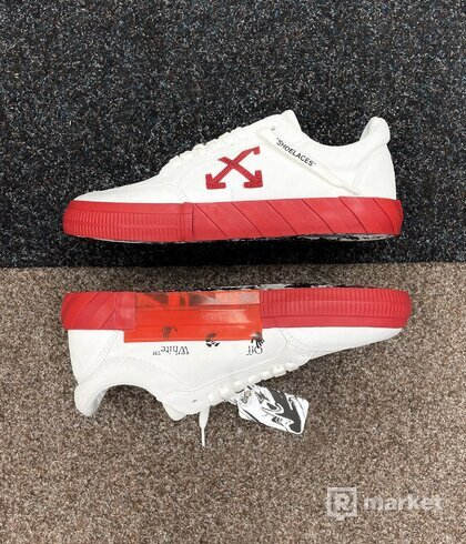 Off White Vulc Sneakers
