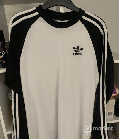 Adidas 3stripes longsleeve