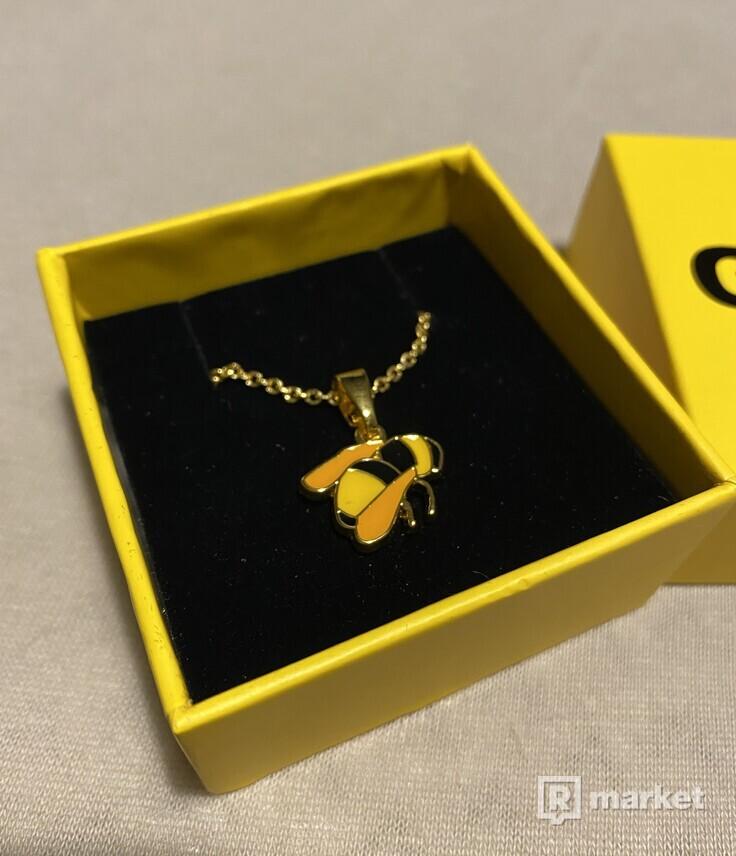Golf Wang necklace nahrdelnik bee včela