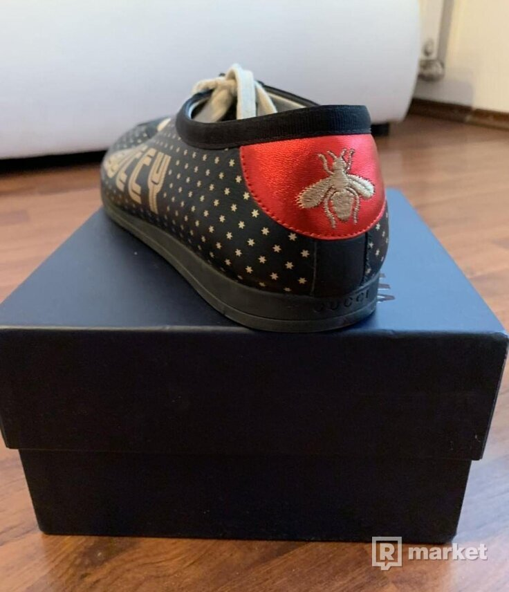 Gucci Guccy Falacer Sneakers