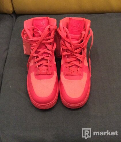 Nike AF1 High Hyperfuse Solar red
