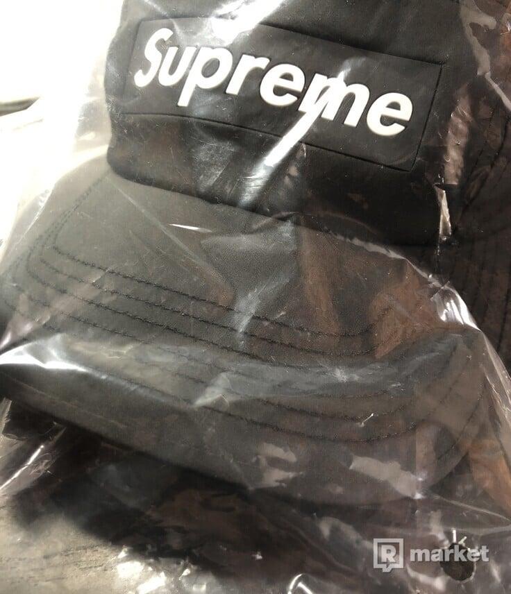 Supreme inset logo camp cap kšiltovka