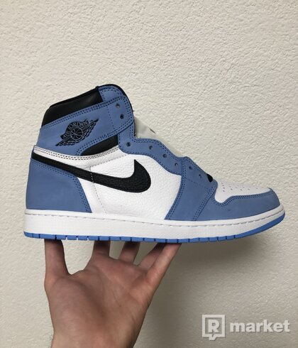 Jordan 1 Retro High White University Blue Black