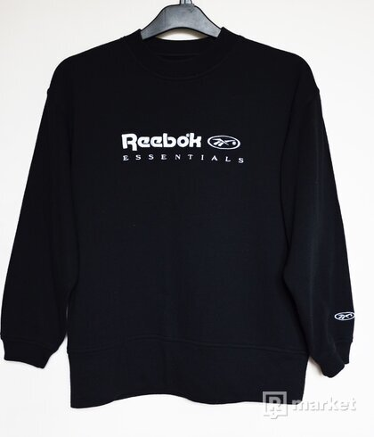 Reebok Essentials Vintage Sweatshirt