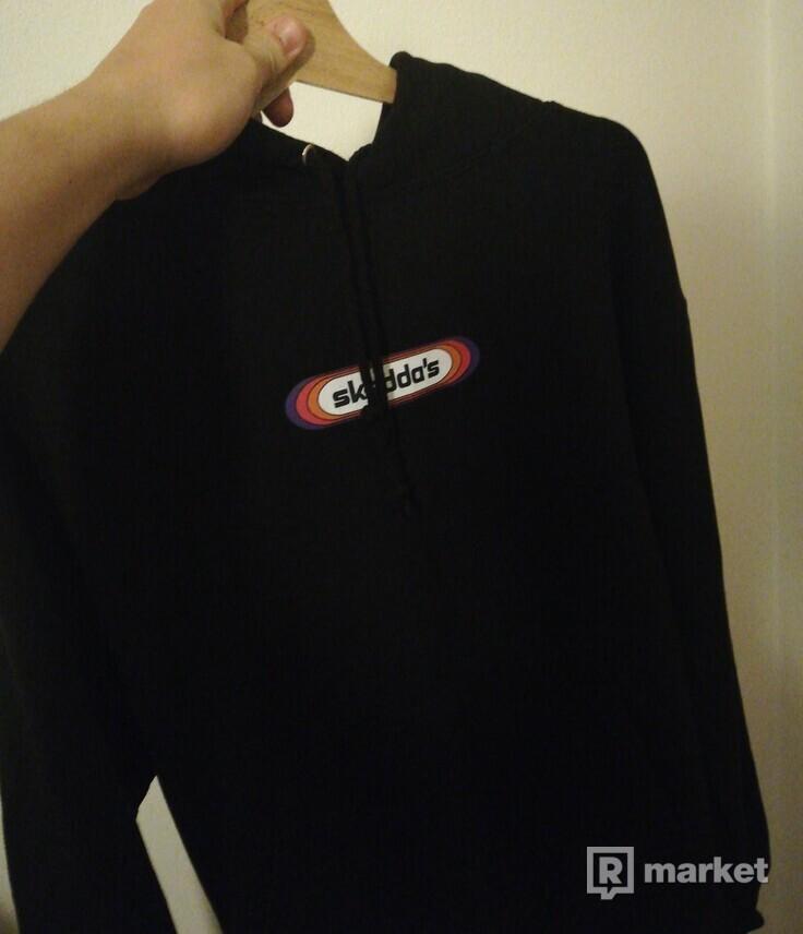 Skedda Oil black hoodie
