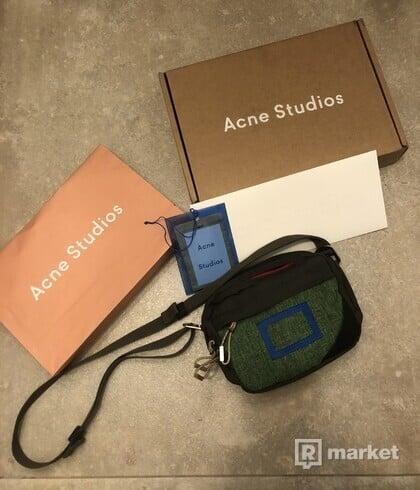 Acne studios trek