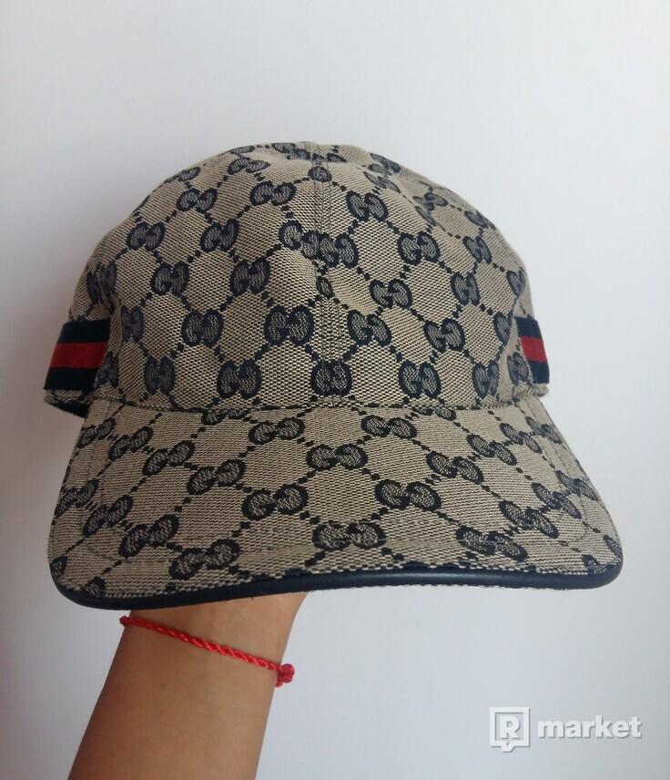 Gucci šiltovka (GG canvas baseball hat)