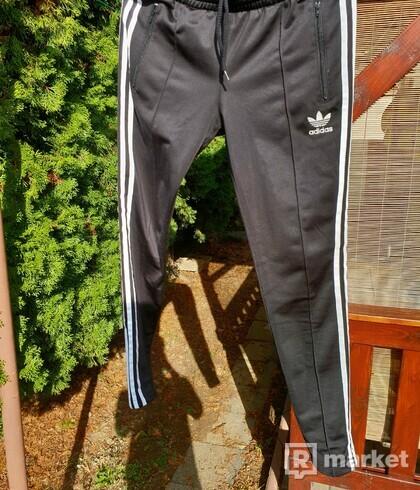 Adidas original nohavice
