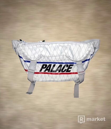 Palace Dimension Bun Bag