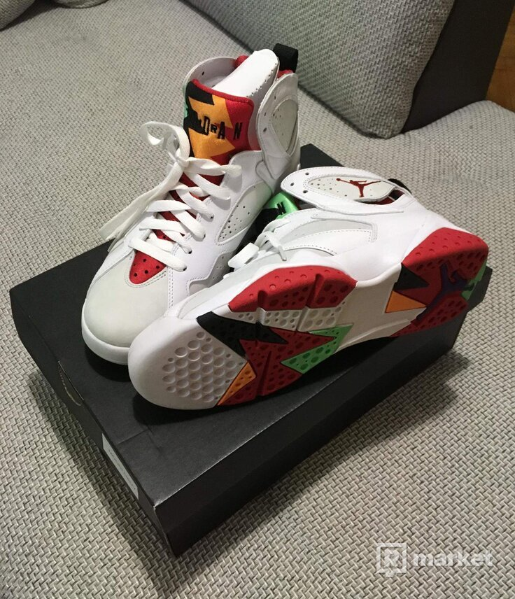 Air Jordan 7 Hare