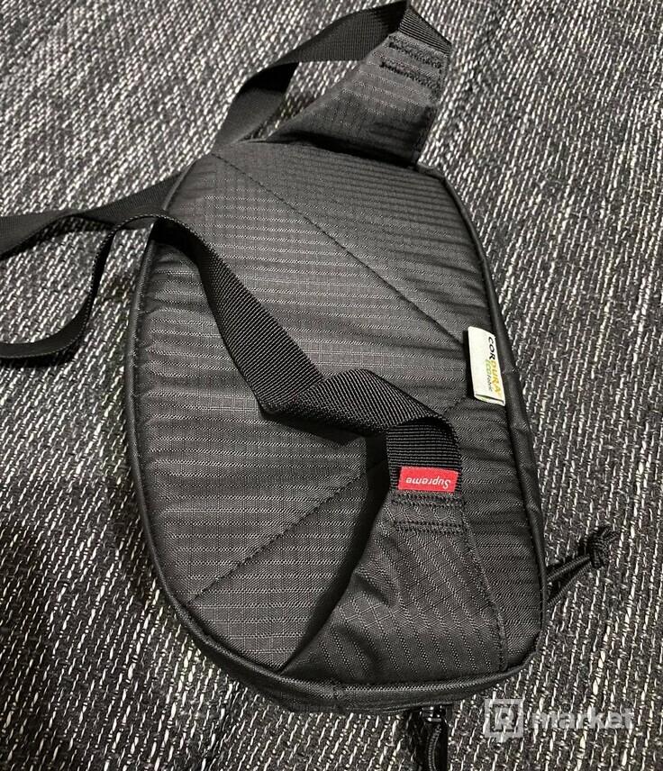 Supreme SS21  Waistbag