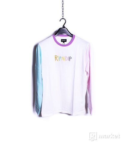 Embroidered Logo L/S
