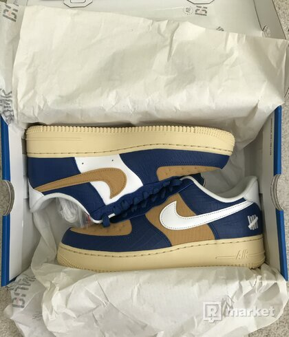 NIKE AIR FORCE 1 LOW SP UNDEFEATED 5 ON IT