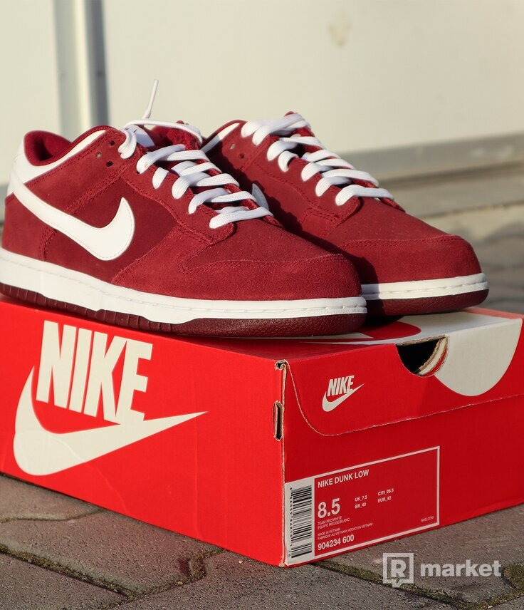 """Nike Dunk Low """"Team Red/White"""" - US8.5"""