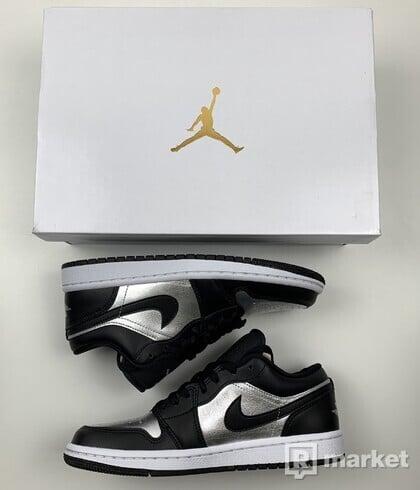 Jordan 1 low Silver toe