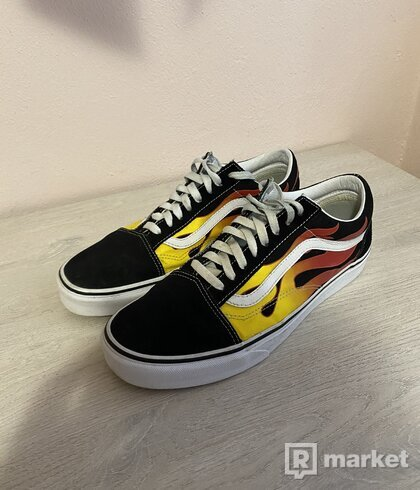 Vans old skool flame