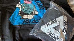 Palace Tri-Smiler Hoodie Black