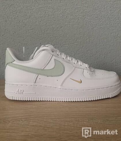 Air Force 1 Essential