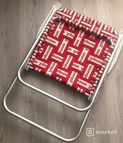 Supreme židle