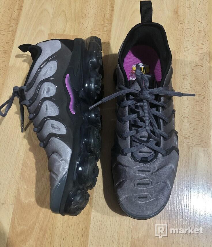 Nike air Vapormax plus Atmosphere grey