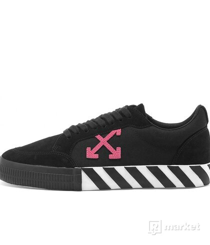 Off-White Black Fuchsia