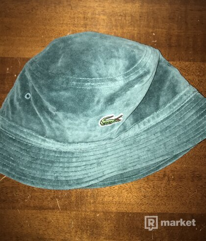 Supreme x Lacoste Velour Bucket Hat