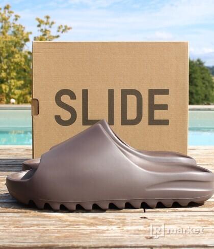 Yeezy Slide Soot