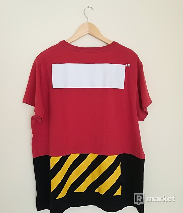 OFF-WHITE Caravaggio/ Snake Patchwork Script Split T-shirt (Red)