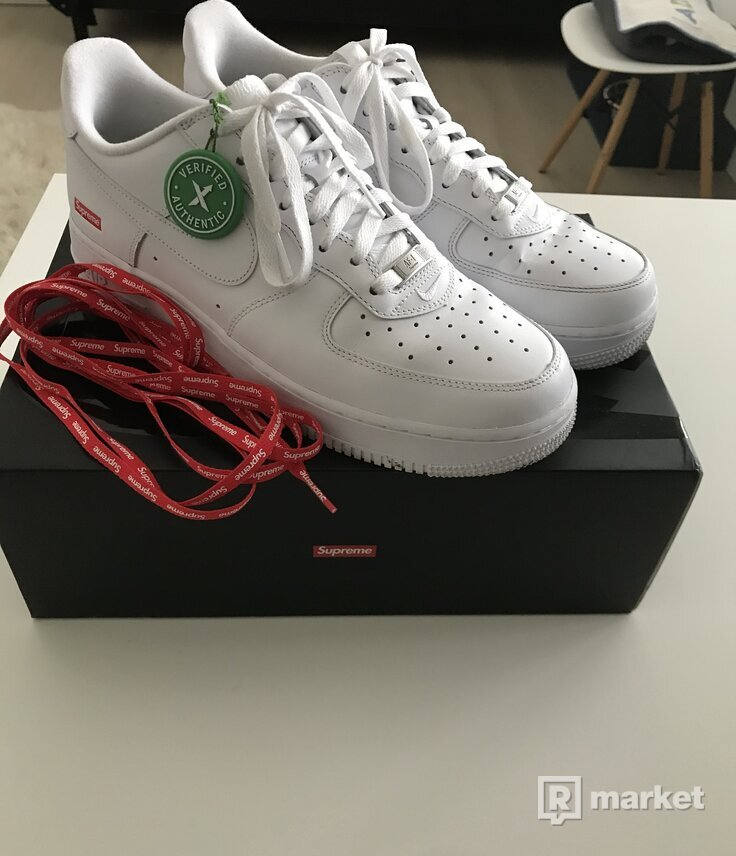 Nike supreme airforce