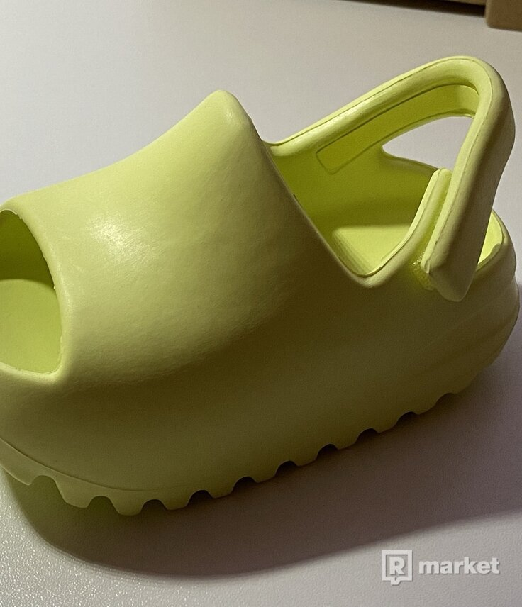 WTS Yeezy Slide Glow Green Infants