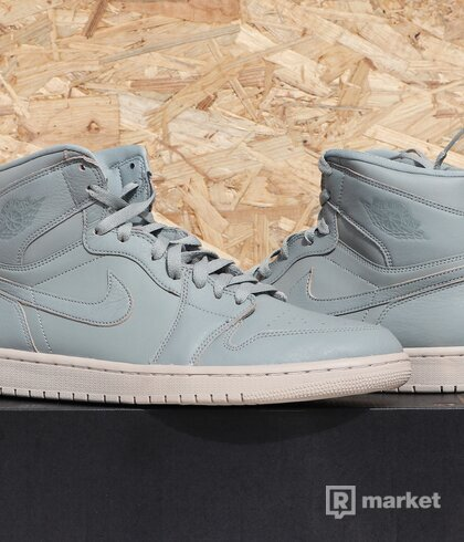 "Jordan 1 Retro High ""Mica Green"" - US11"