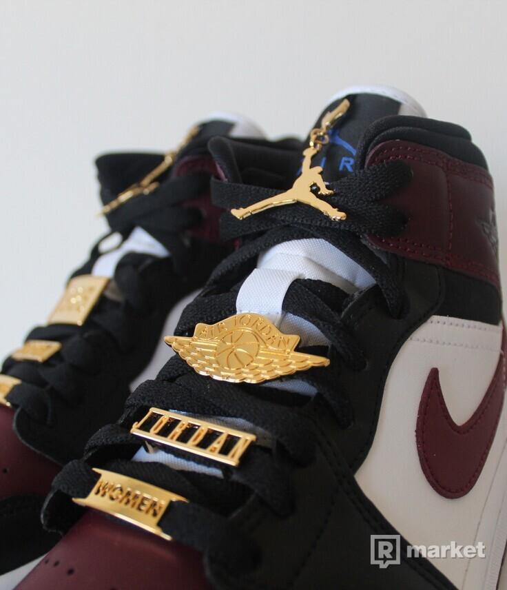 "Air Jordan 1 Mid ""Beetroot"""