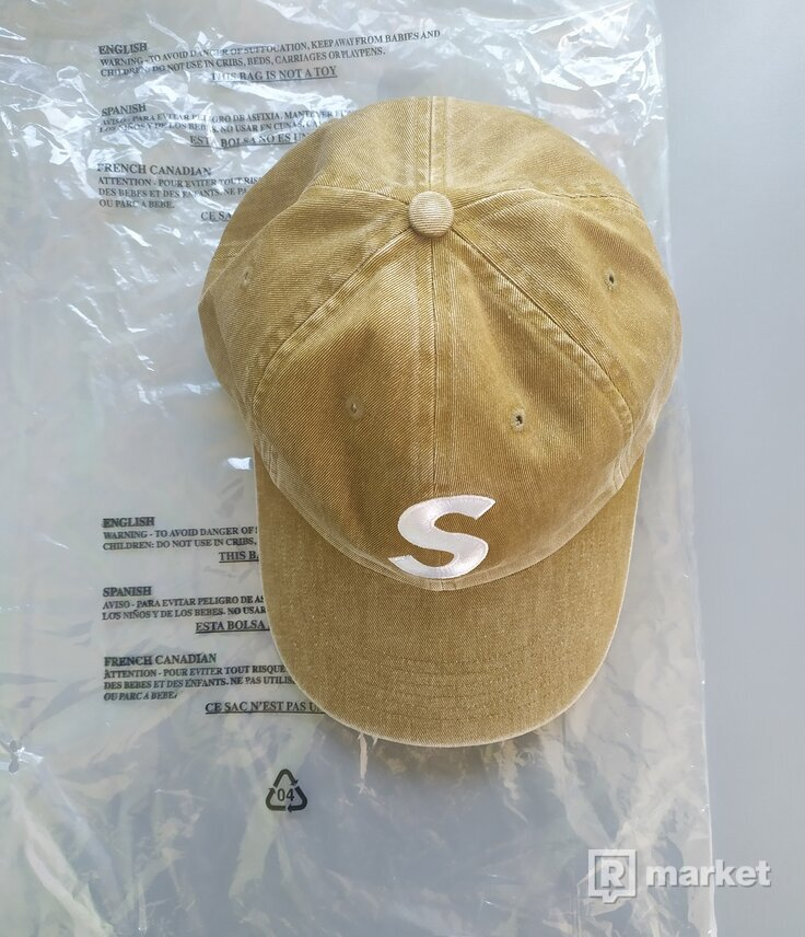 Supreme Pigment Print S Logo 6-Panel Tan