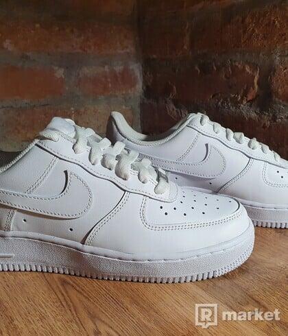 Nike Air Force 1 Low White '07 EU 41
