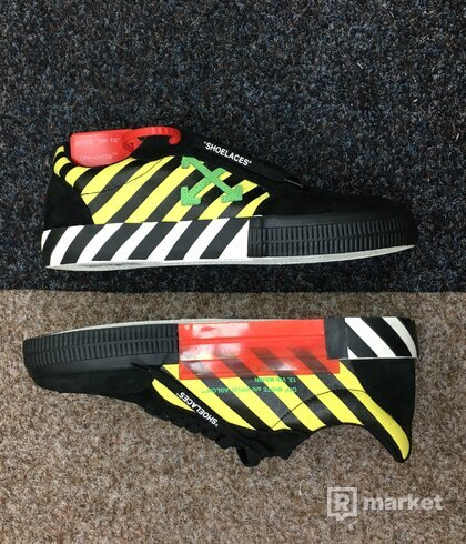 OFF-WHITE vulc sneakers green yellow