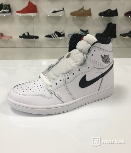 Air Jordan 1 Retro High Yin Yang White