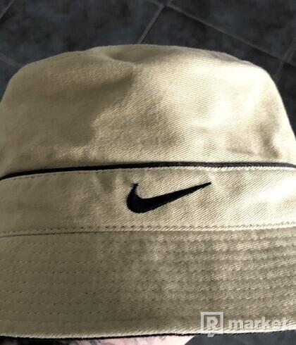 Nike buckethead