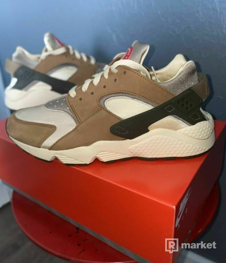 Nike air huarache stussy desert oak