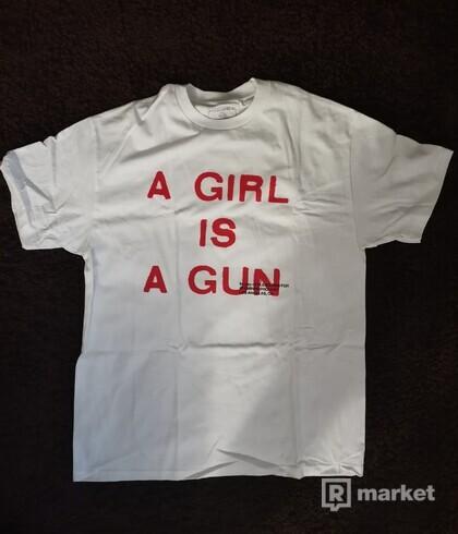 Tričko Pleasures A Girl is a Gun
