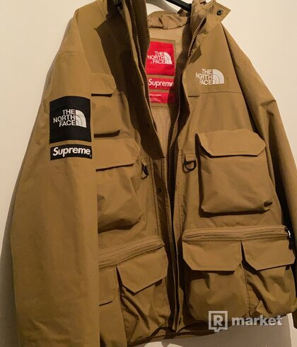 Supreme The North Face cargo jacket gold