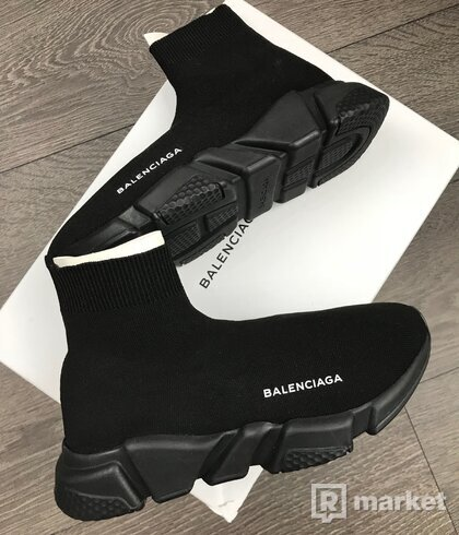 Balenciaga Speedy all black