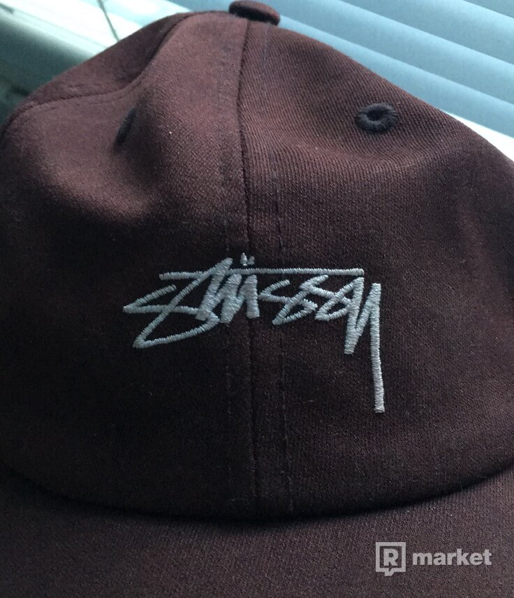 STUSSY CAP WINE