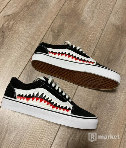 Vans old skool , Shark