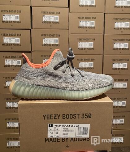 Adidas Yeezy 350 V2 desert sage