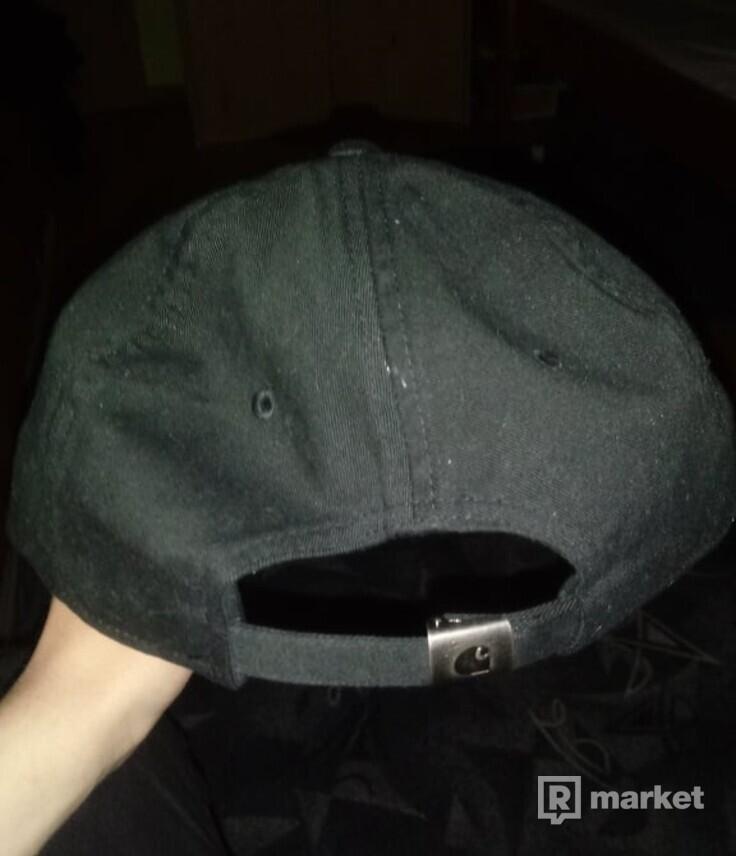Čierna Carhartt šiltovka