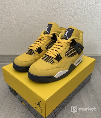 """Jordan 4 retro """"lightning"""""""
