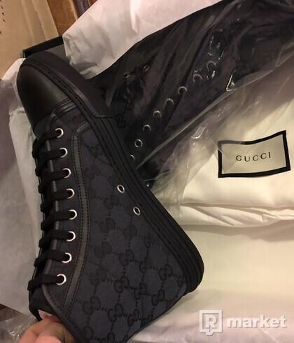 Gucci shoes black logo high