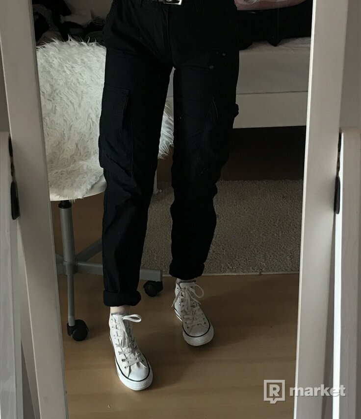 Carhartt cargo pants black