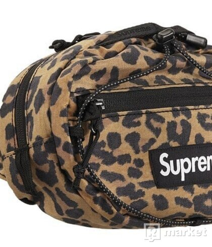 Supreme waist bag Leopard
